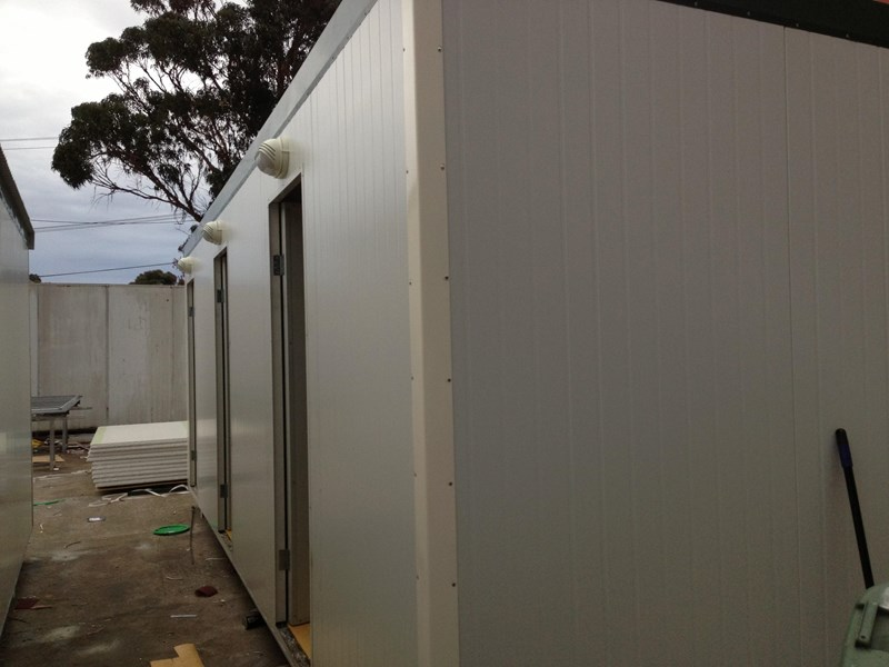 e i group portables 7.2m x 3m three room accommodation 371539 002
