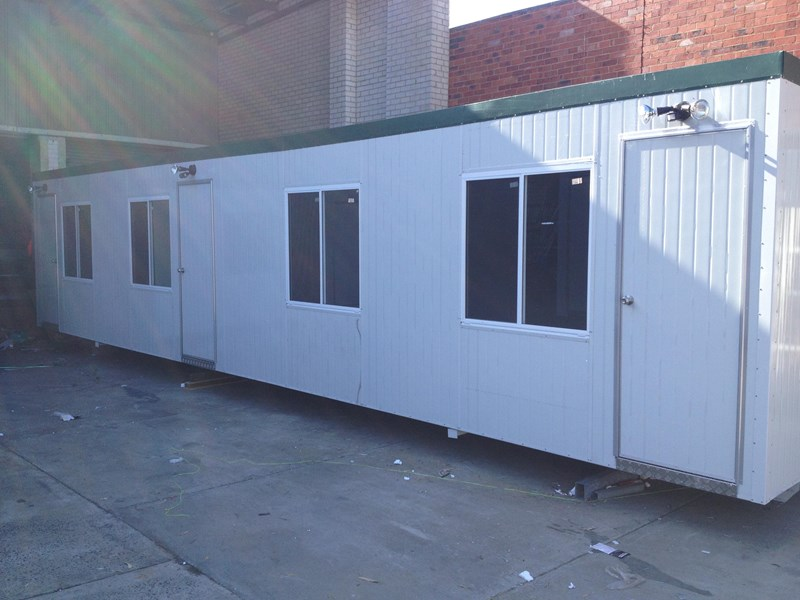 e i group portables 12m x 3m three room accommodation site 371553 001