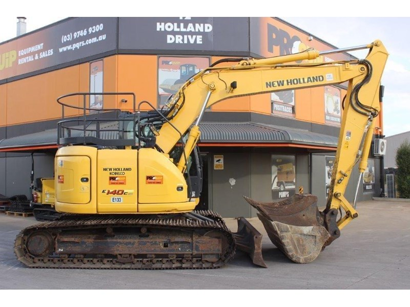 new holland e140c 267912 001