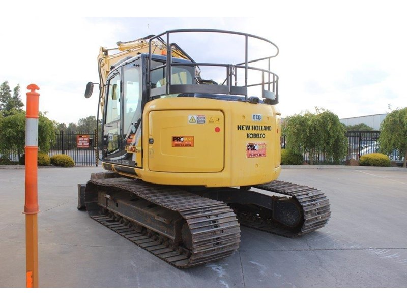 new holland e140c 267912 006