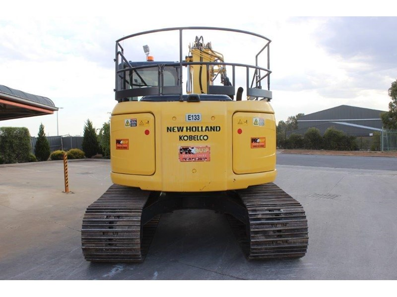 new holland e140c 267912 007