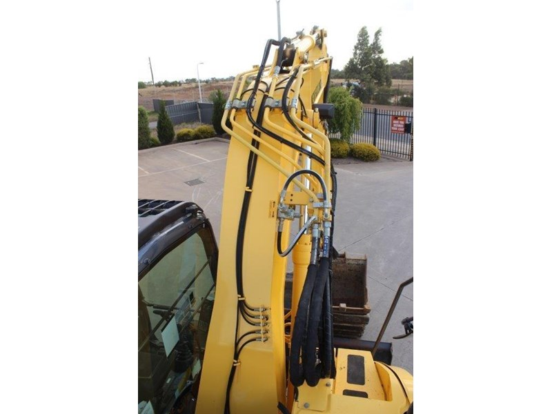 new holland e140c 267912 027