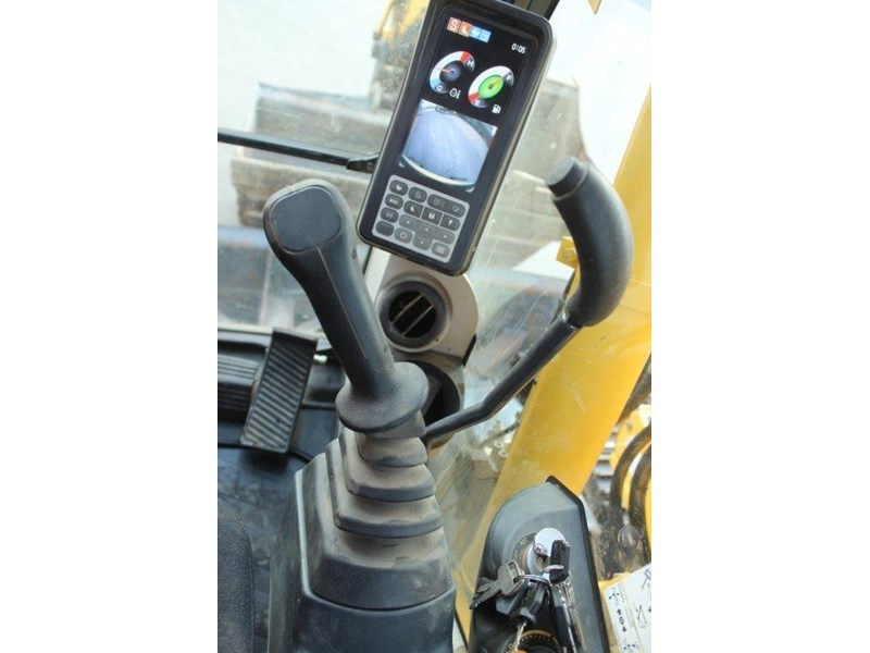 new holland e140c 267912 035