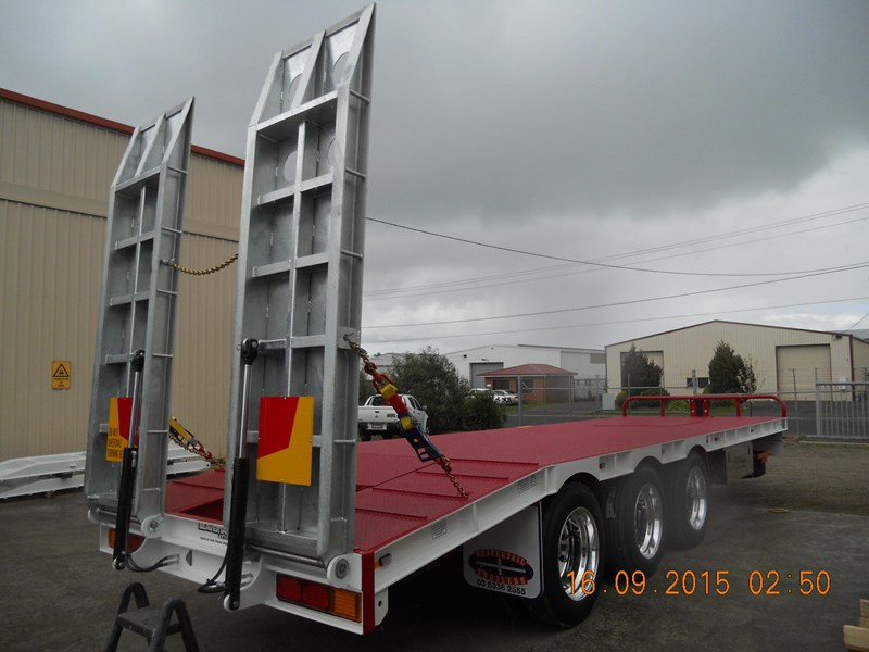 beavertail tri axle 373287 006