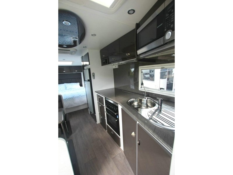 option rv distinction 373413 011