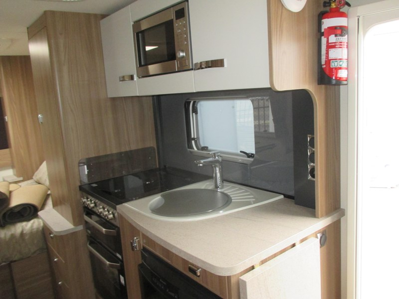 swift bessacarr 494 motor home 373644 006