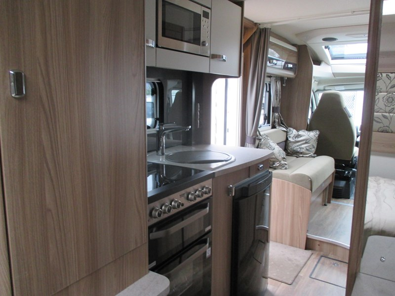 swift bessacarr 494 motor home 373644 009