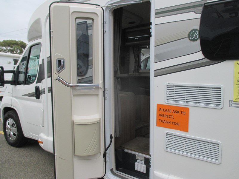swift bessacarr 494 motor home 373644 018