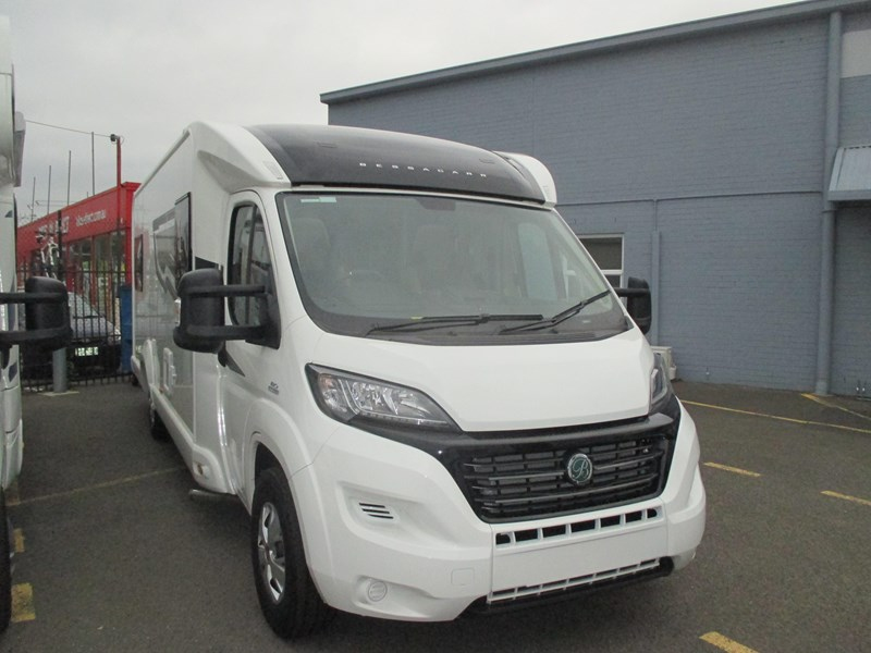swift bessacarr 494 motor home 373644 020