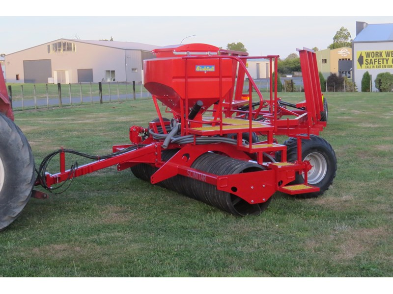 scimitar 3m roller with airseeder 374168 001