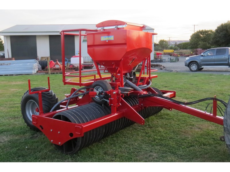 scimitar 3m roller with airseeder 374168 004