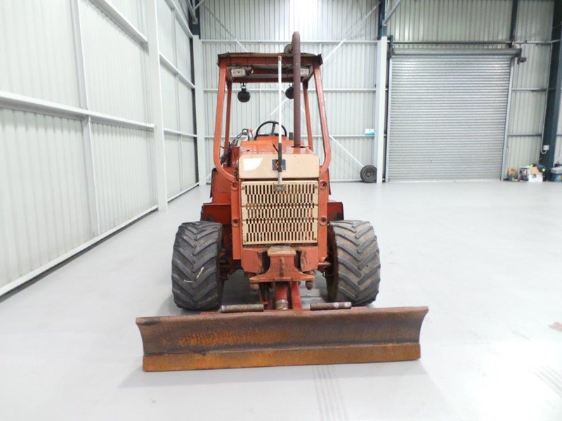 ditch witch 5110dd ride on trencher 376558 008