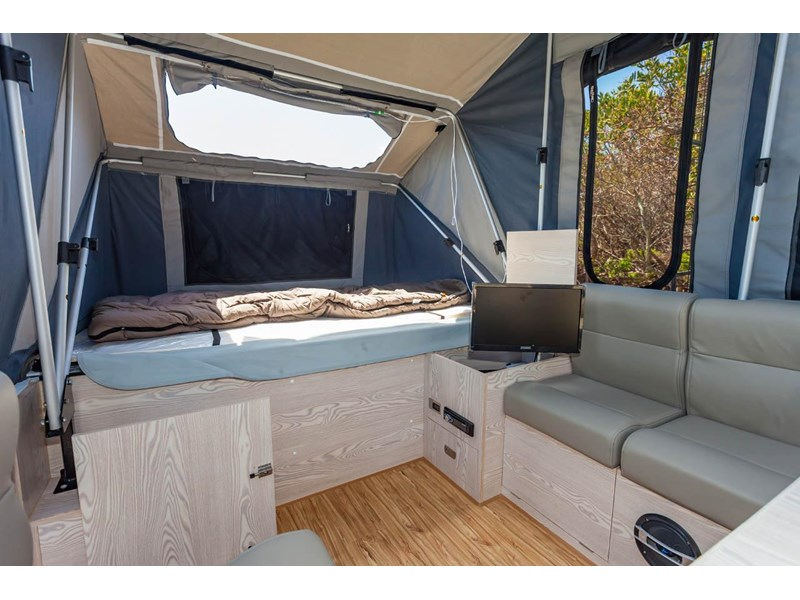 ezytrail lincoln lx hard floor camper 343629 017