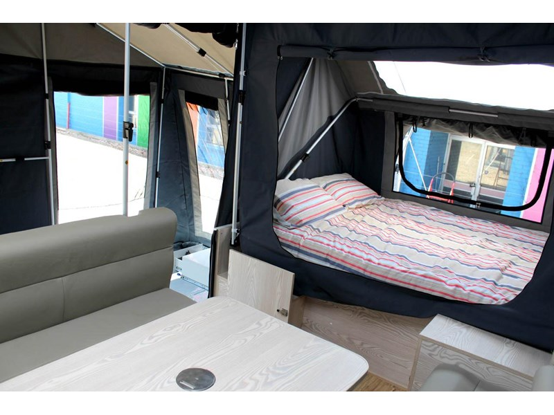 ezytrail lincoln lx hard floor camper 343629 031