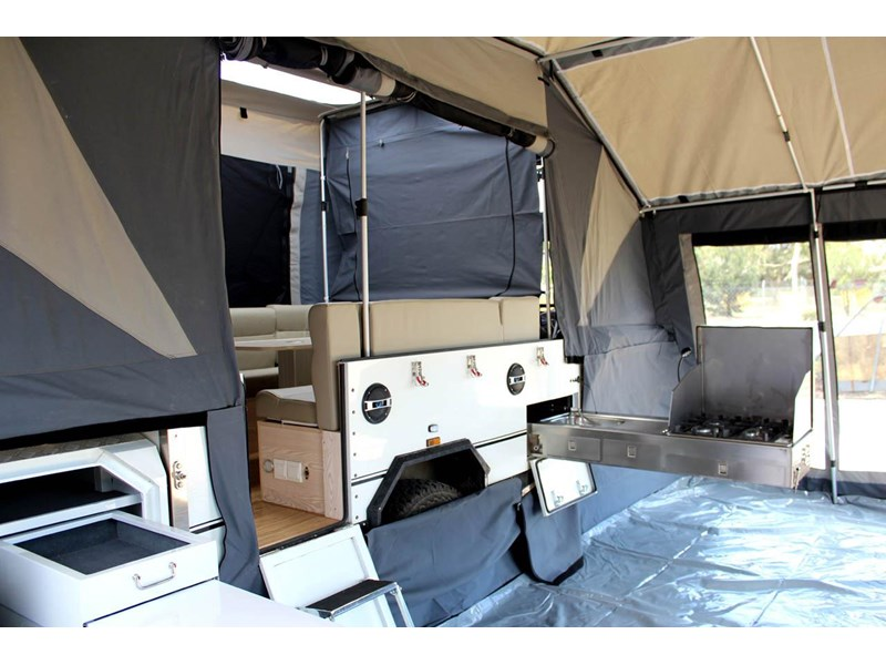 ezytrail lincoln lx hard floor camper 343629 029