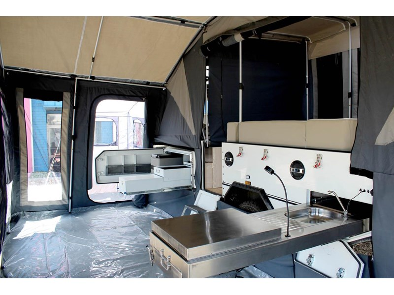 ezytrail lincoln lx hard floor camper 343629 030