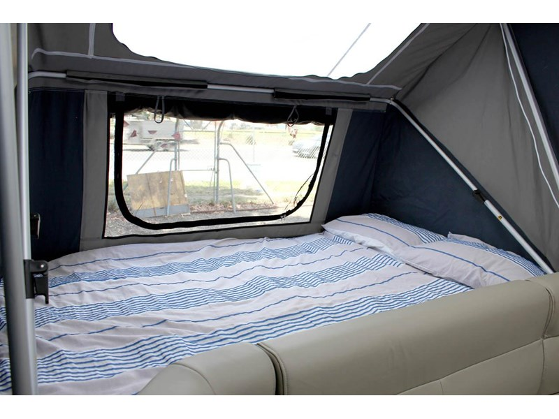 ezytrail lincoln lx hard floor camper 343629 024