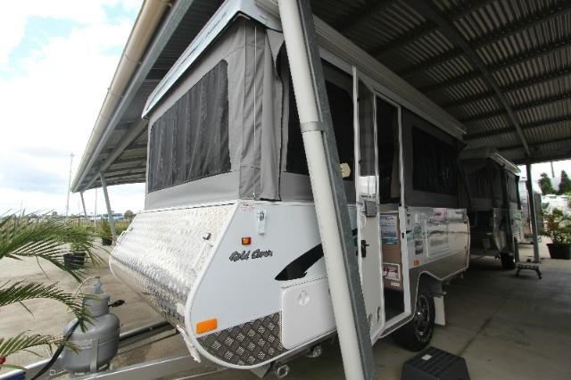 goldstream rv crown 358951 001