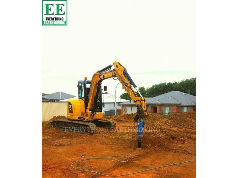 auger torque - augers, auger drives, extensions, hole cleaners, pallet forks, road brooms & trenchers from everything earthmoving 377400 016