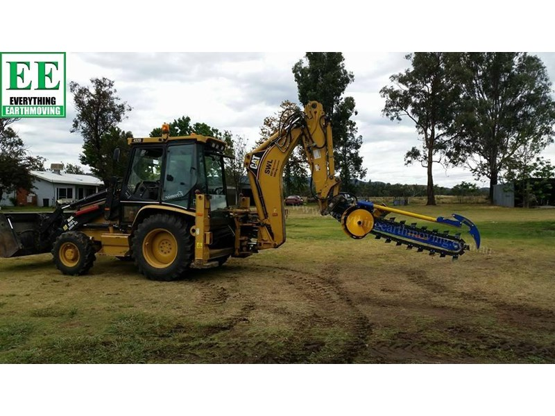 auger torque - augers, auger drives, extensions, hole cleaners, pallet forks, road brooms & trenchers from everything earthmoving 377400 032