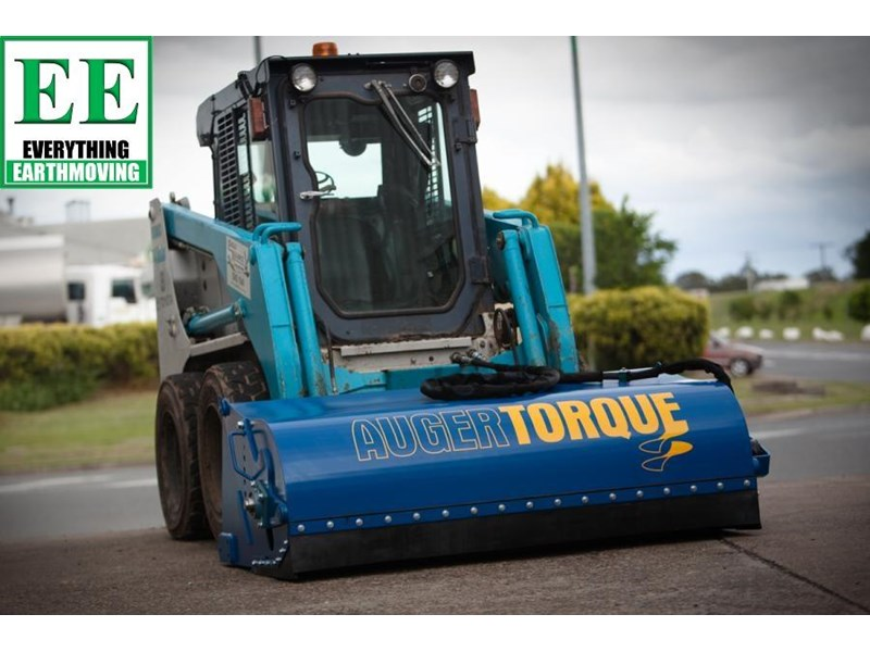 auger torque - augers, auger drives, extensions, hole cleaners, pallet forks, road brooms & trenchers from everything earthmoving 377400 035