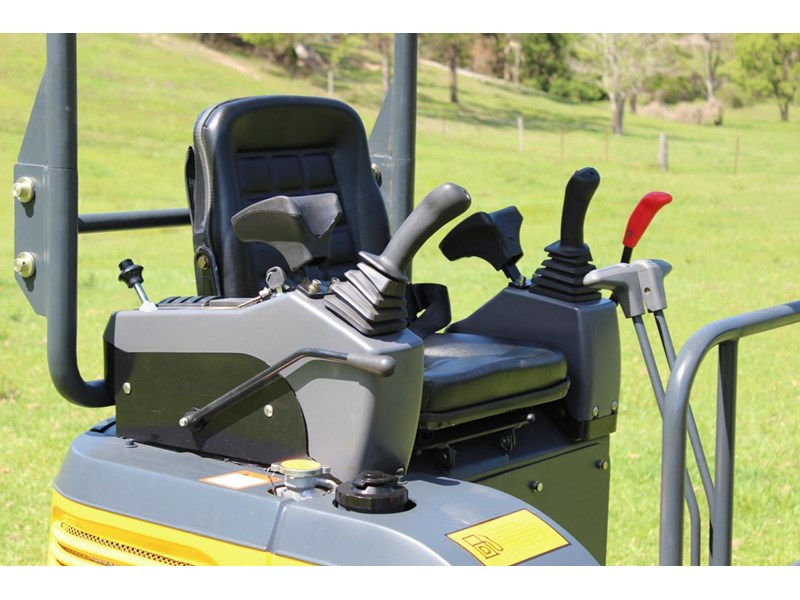 carter ct16 mini excavator yanmar powered 377516 005