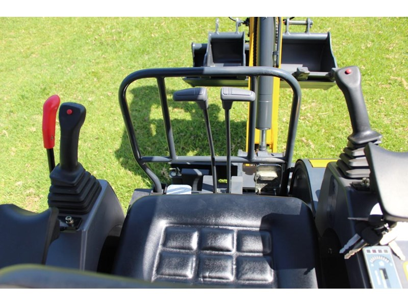 carter ct16 mini excavator yanmar powered 377516 017