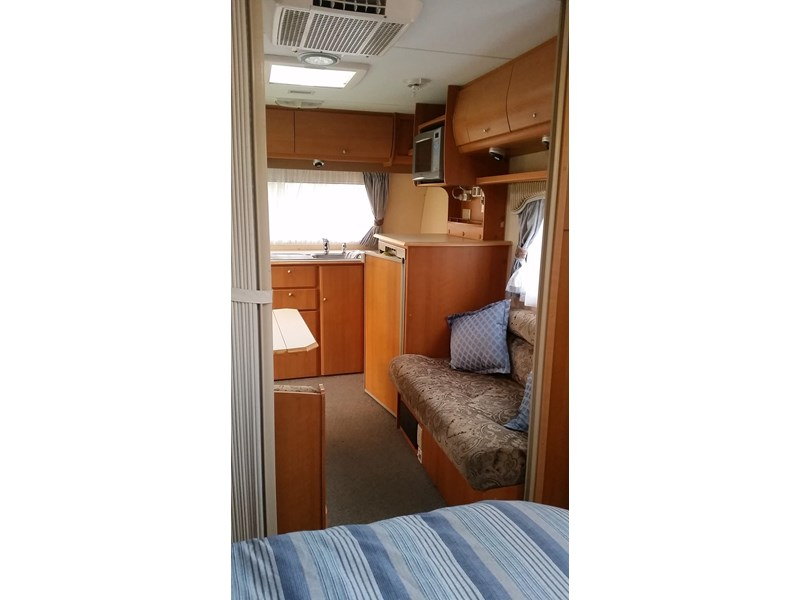 jayco hertiage 377875 006