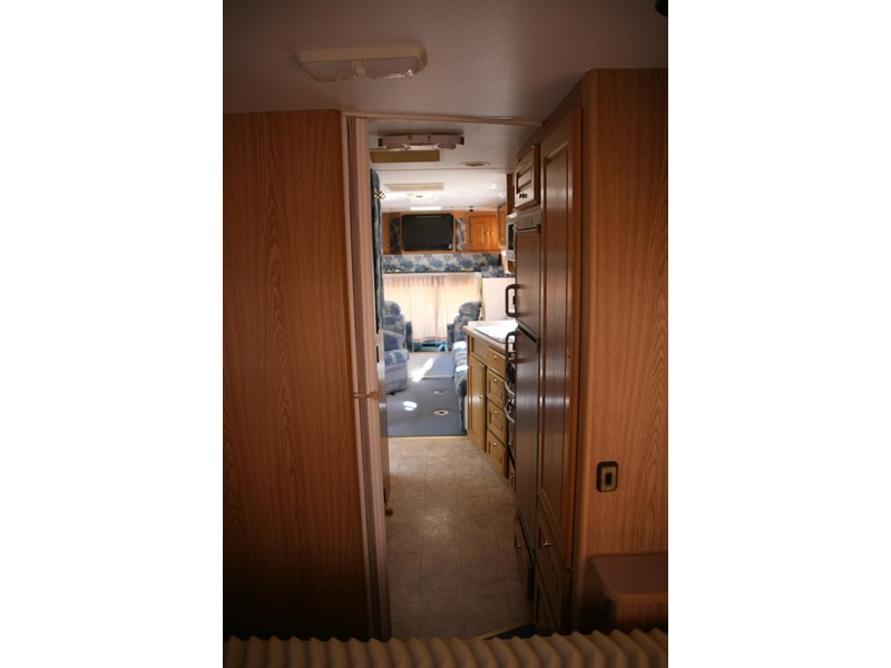 winnebago industries alpine 2855 378379 013