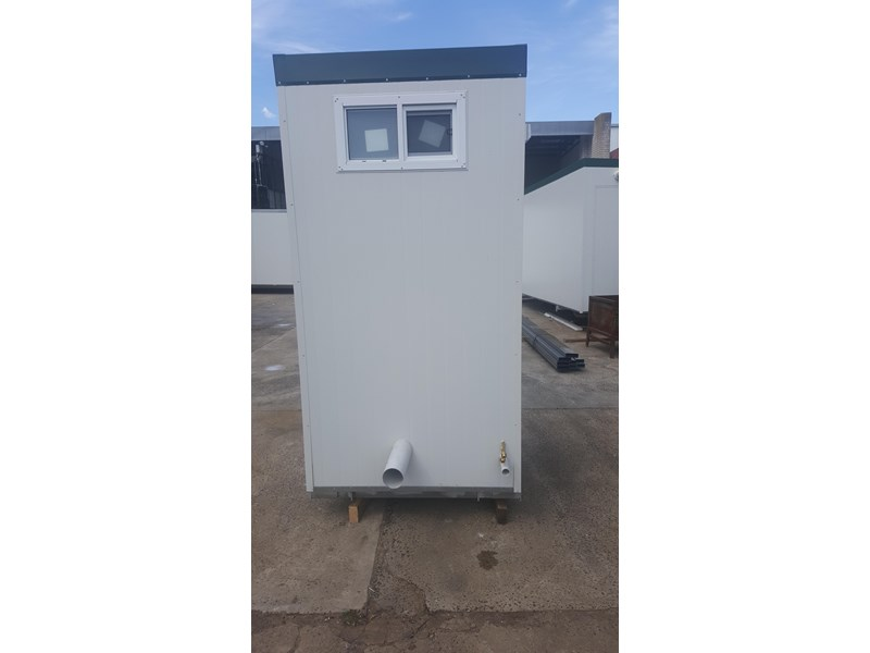 e i group portables 1.2 x 1.2 sewer connect single toilet. 132235 007