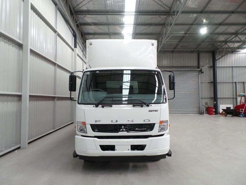 fuso fighter 2427 379566 007