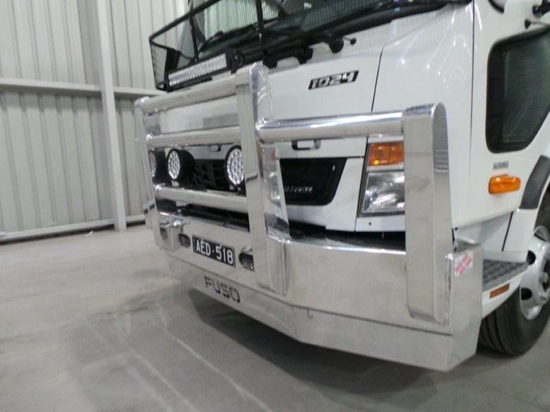 fuso fighter 1024 380074 010