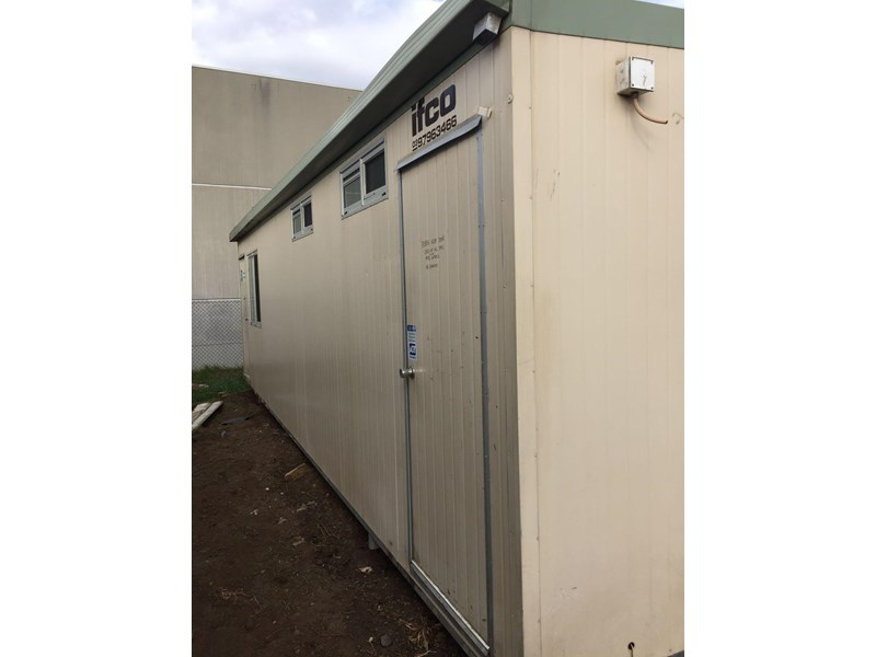 e i group portables used 9.6m x 4.8 m 380300 006