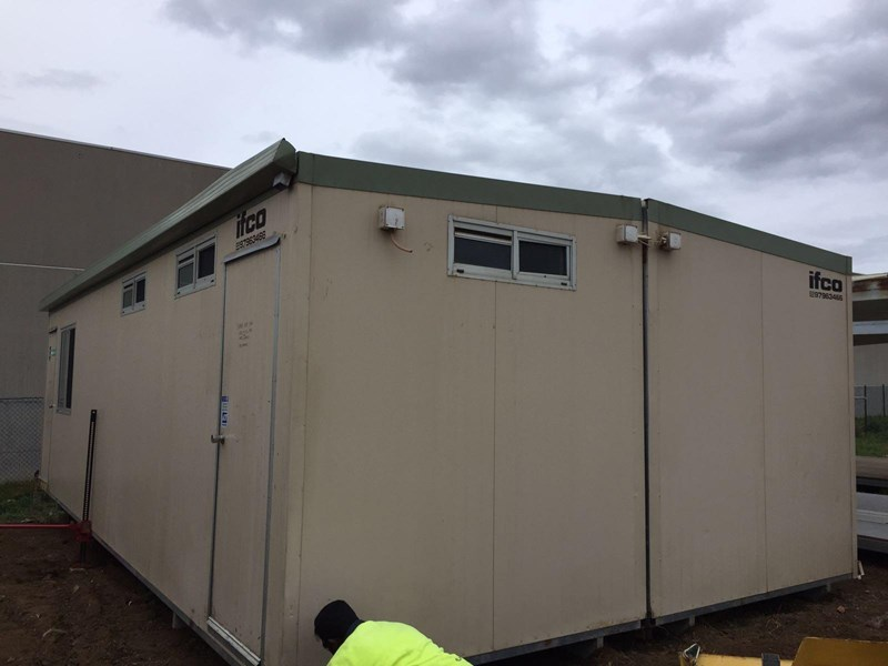 e i group portables used 9.6m x 4.8 m 380300 010