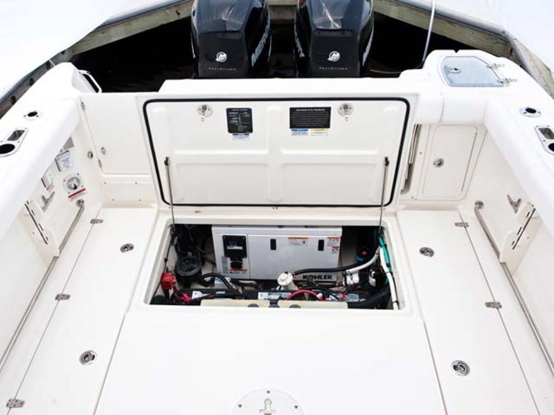 boston whaler 285 conquest pilothouse 294257 004