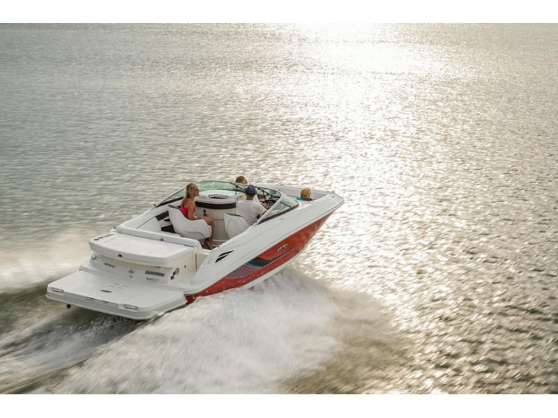 sea ray 220 sundeck 295890 003