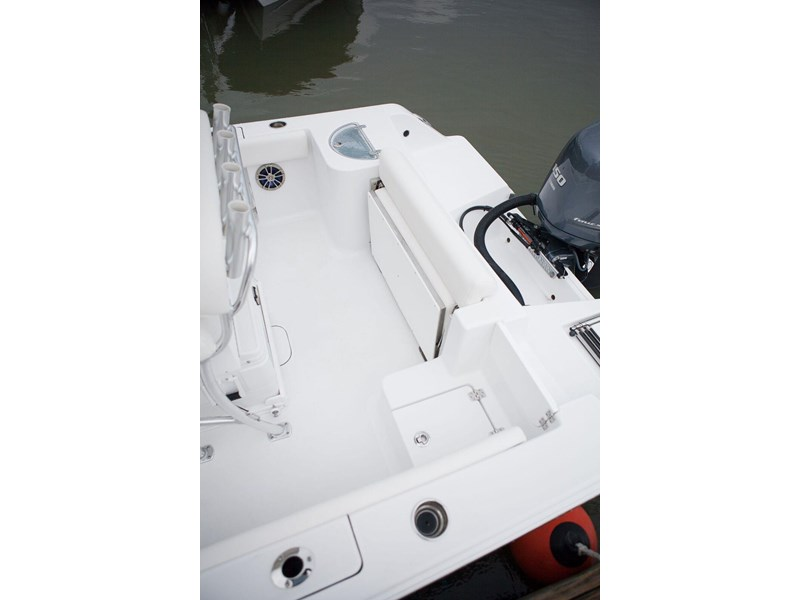 sportsman 231 center console 381033 008