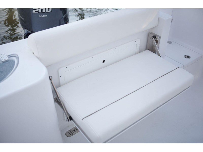 sportsman 232 center console 381281 017