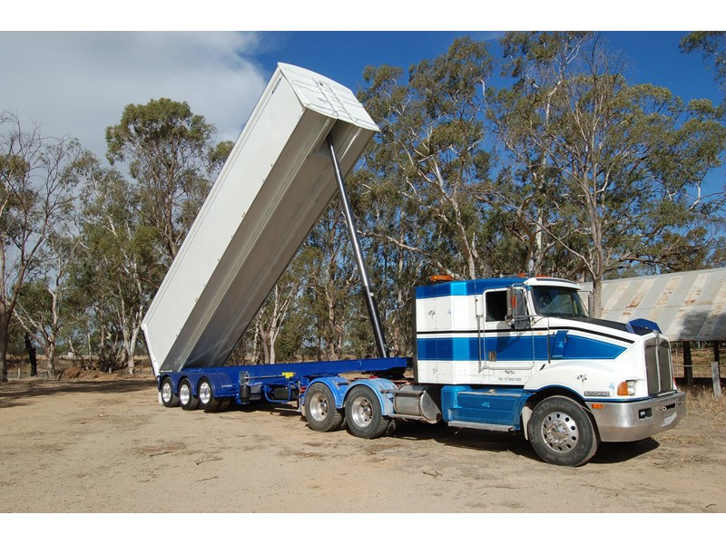 northstar transport equipment 2019 grain tipper 382270 004
