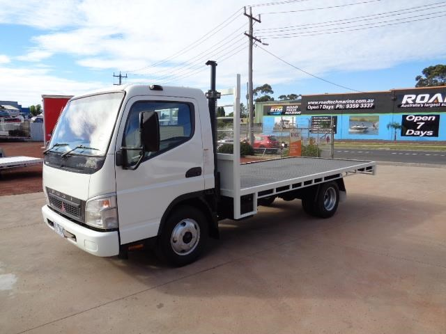 fuso canter 3.5t 382677 009