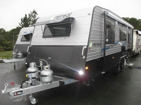 retreat caravans brampton 382979 001