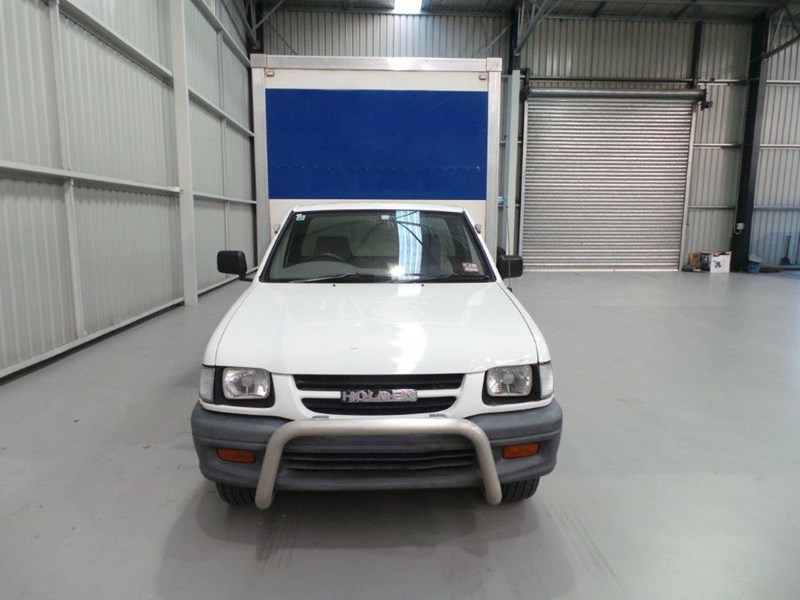 holden rodeo 383010 007