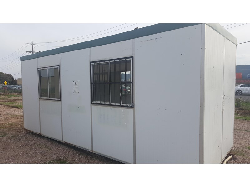e i group portables used 6m x 3m 383224 001