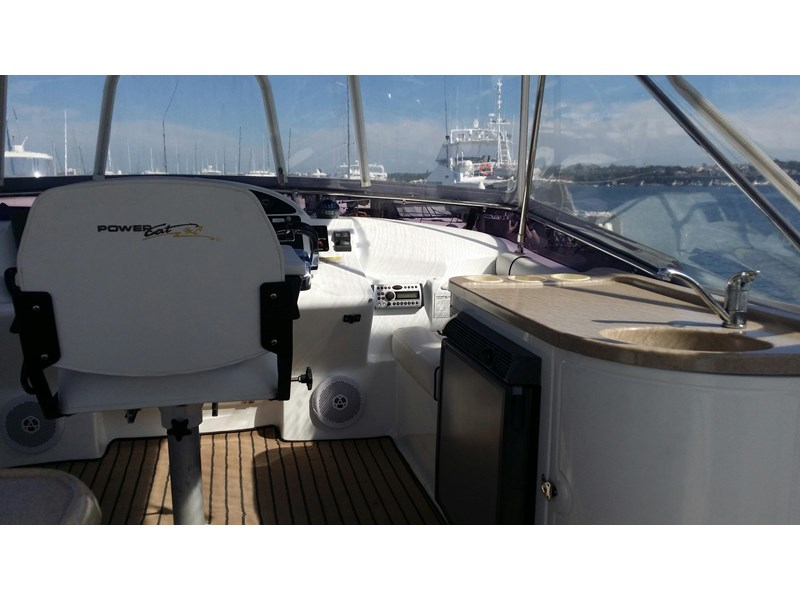 powercat 3800 flybridge 375422 016