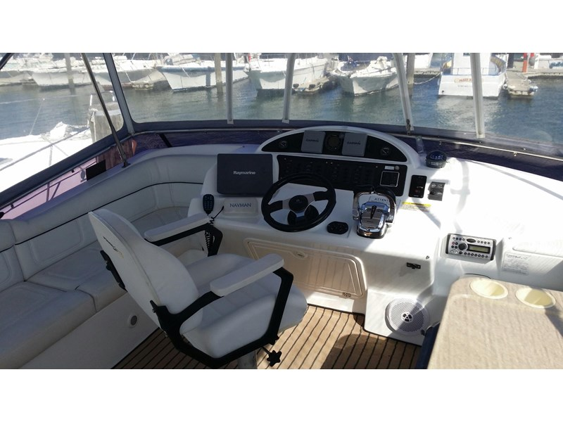 powercat 3800 flybridge 375422 017