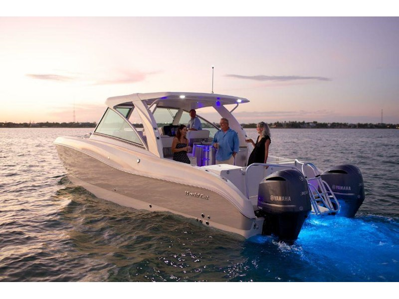 2016 World Cat 320 Dc Dual Console For Sale Trade Boats