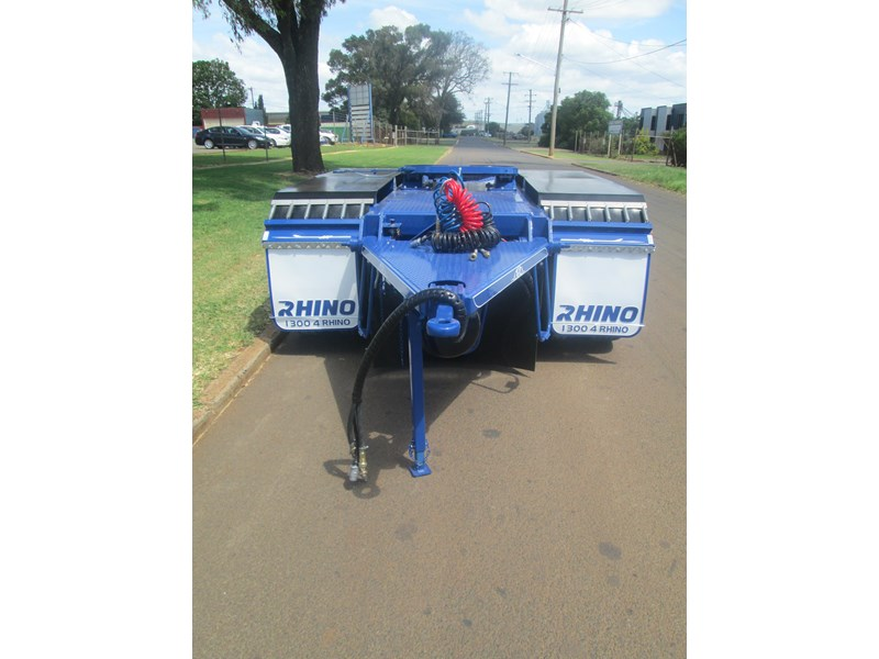 rhino tandem axle road train dolly 140810 004