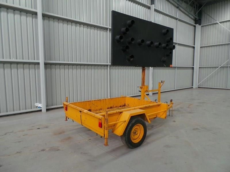 sunshine trailer arrow board 289003 008