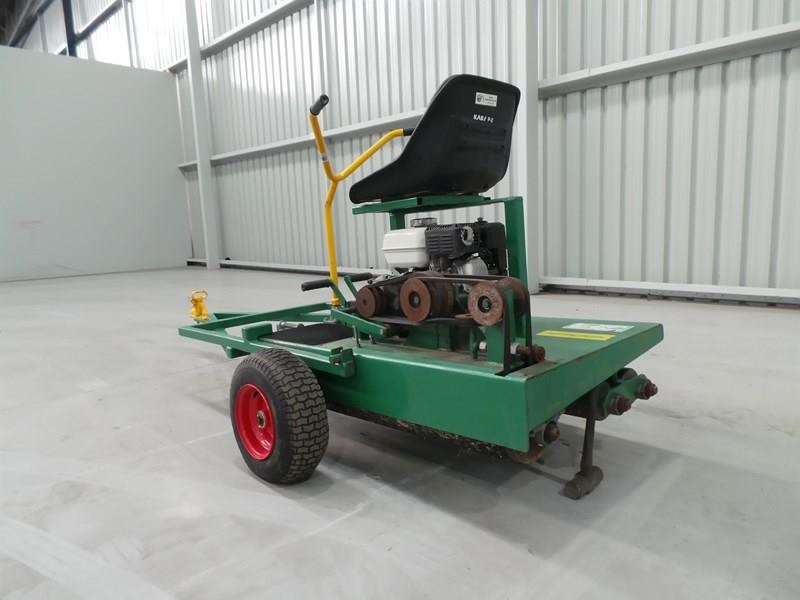 turf tec ride on greens roller 324184 003