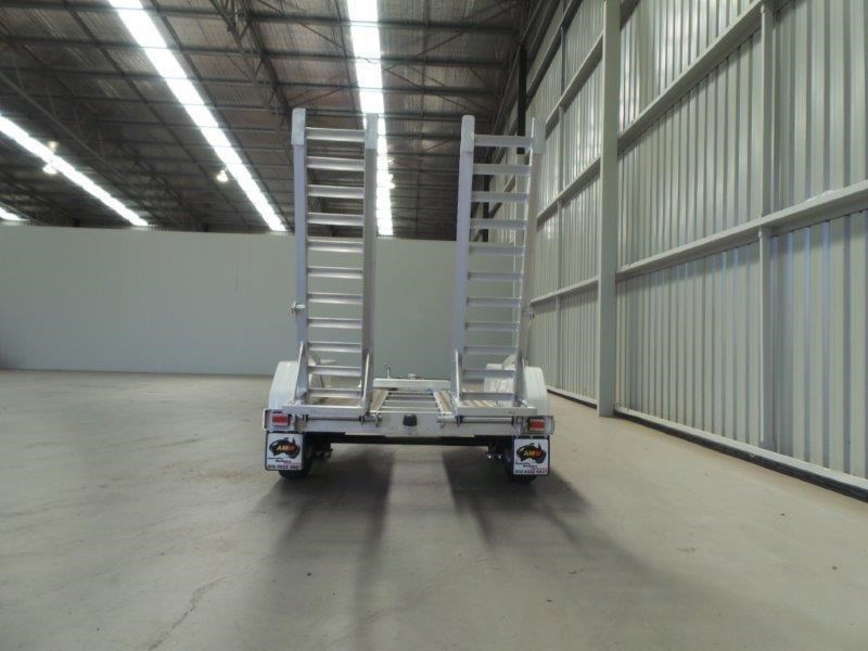 workmate alloy 2-4 plant trailer 147084 004